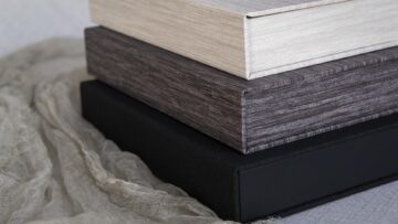 Available in 3 textured finishes