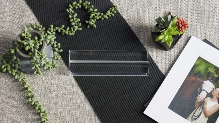 A clear Acrylic Mat Holder designed to hold a single Mat