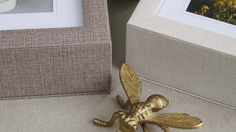 Choose from 2 fabric finishes
