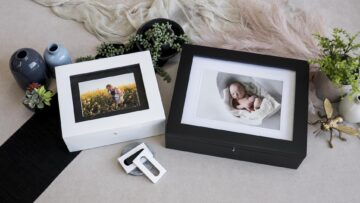 Available in 2 sizes to suit 8x10 or 11x14 Mats