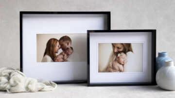 Available in 2 sizes to suit 8x10 and 11x14 Mats