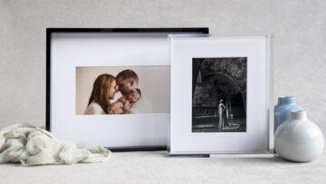 Black and Clear Acrylic Edge Frame